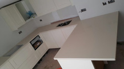 Ivory Quartz kitchen top  (3)