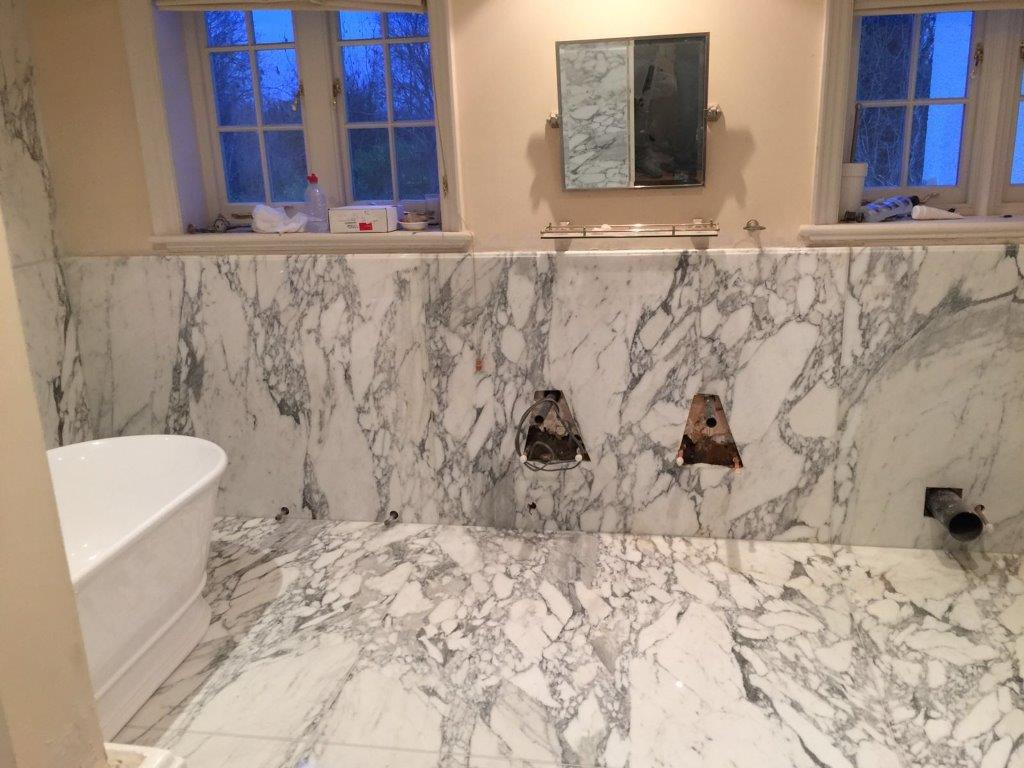 arabescato bathroom bookmatch (5)