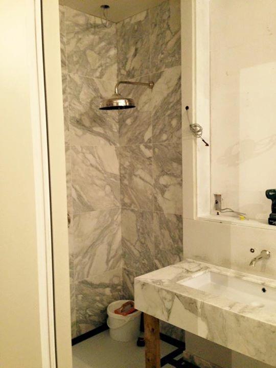 Calacata Oro marble bathroom vanity in London (6)