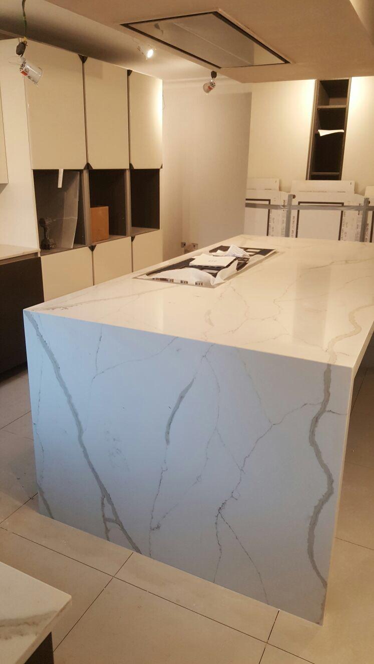 Calacatta Quartz kitchen tops (11)