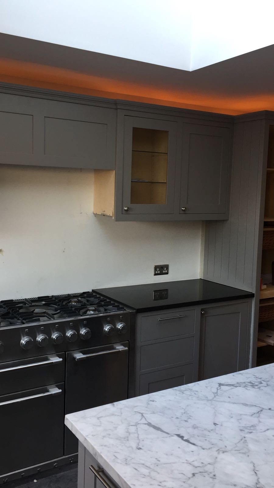 kitchen surfaces combined - Black granite plus Staturio island (10)
