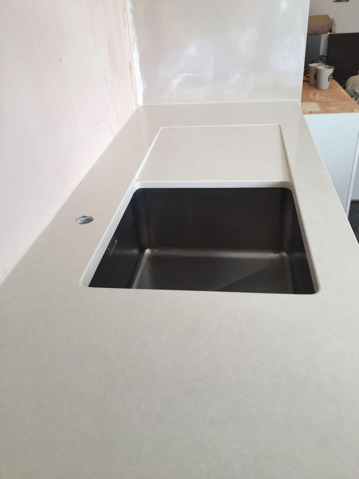 recessed sink drain ( drop down drain )