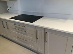 White quartz kitchen worktop in Putney (4)