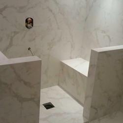 Bathroom in Marble  (4)