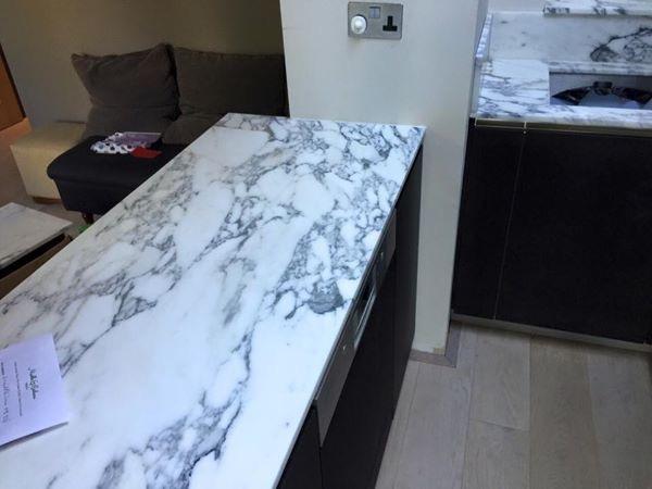 Arabescato marble kitchen worktop in London  (1)