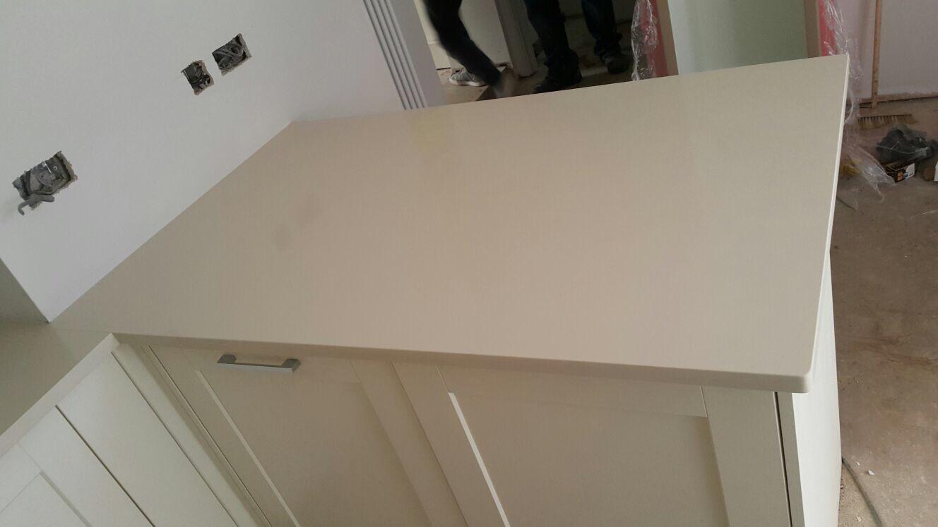 Ivory Quartz kitchen top  (6)