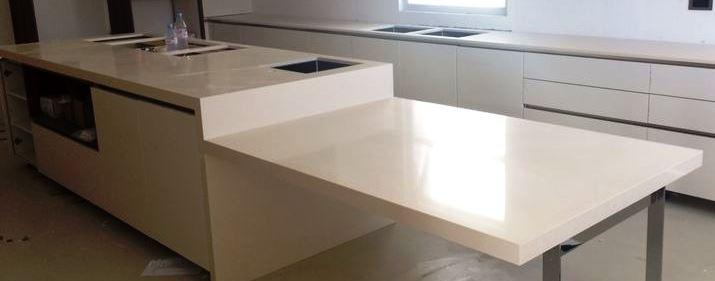 White quartz modern kitchen worktop in London (1)