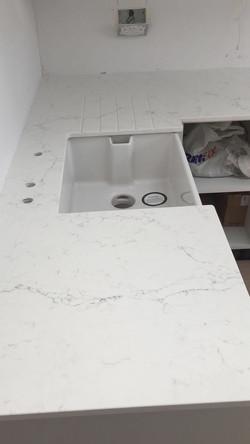 Carrara Quartz top (2)