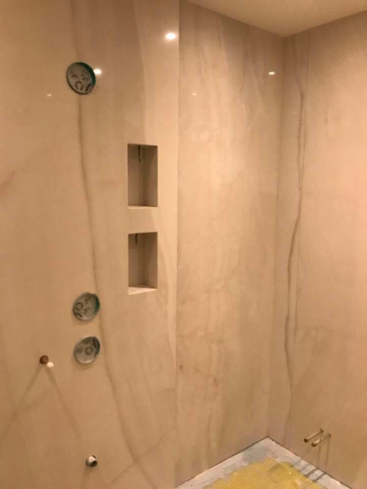 Bathroom in Marble  (13)