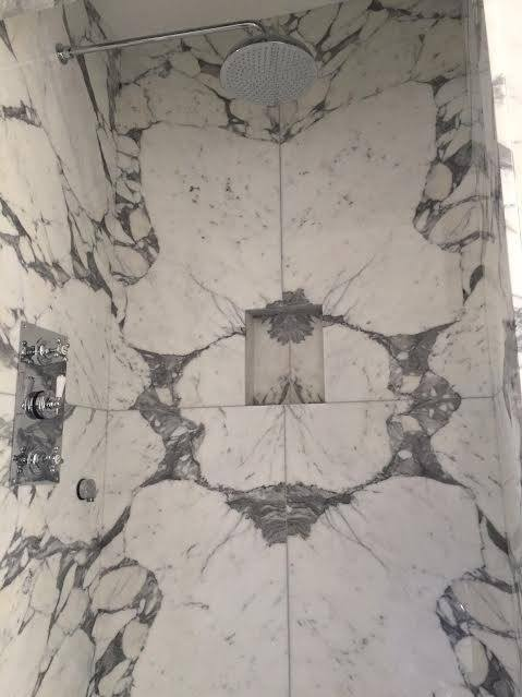 Arabescato mabrle cladding in bathroom London (3)