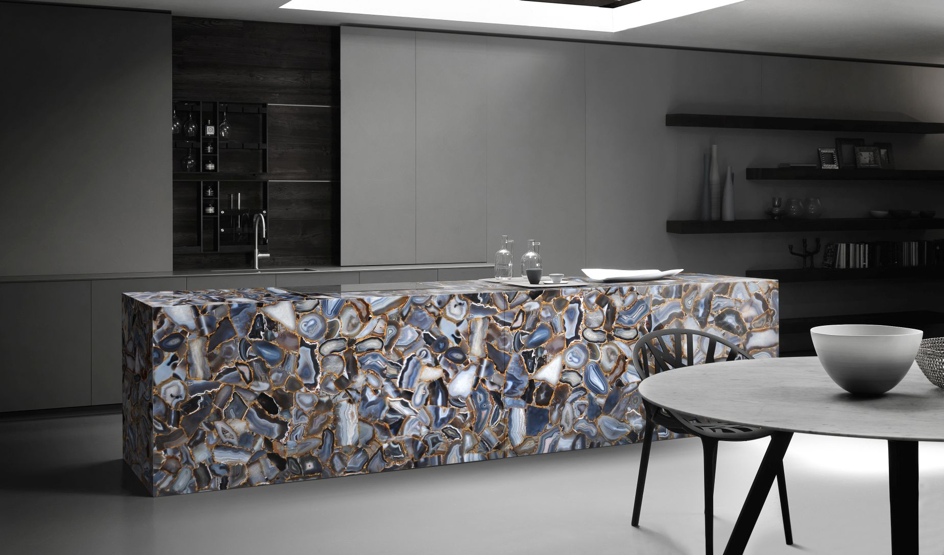 agate rubane with gold kitchen