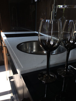 Recessed sink and hob on Carrara composite top  (1)