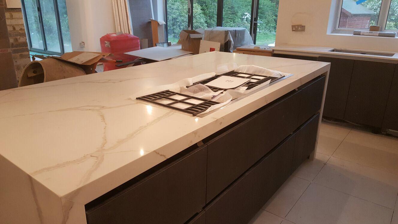 Calacatta Quartz kitchen tops (5)