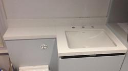 bathroom miterd edge 40mm white weiny quartz  (3)