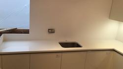 White Quartz worktops  (9)