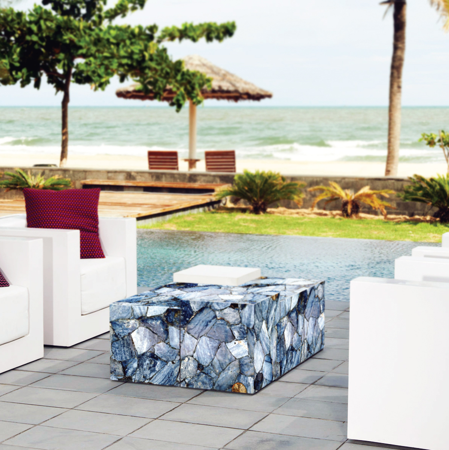 agate moss with ammonites outdoor coffe table