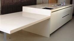 White quartz modern kitchen worktop in London (2)
