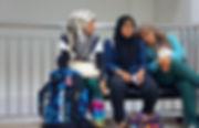 保守的なイスラム教女性にもバックパッカー旅をする子たちがいる!