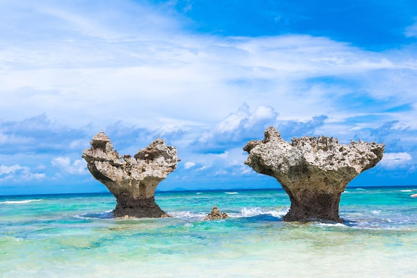 噂のインスタ映えポイント「ハートロック」があるのは古宇利島!