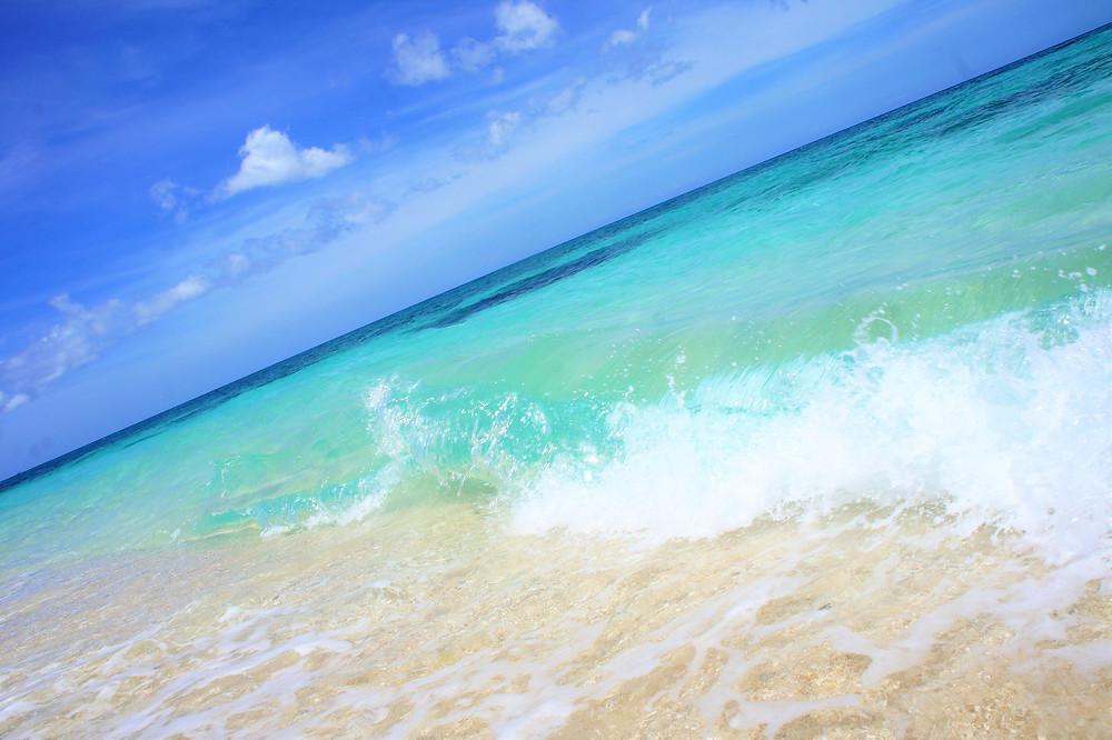 ボラカイ島には信じられないほどキレイな海がある!