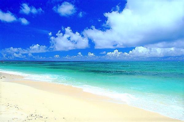 静かなビーチが好き?来間島の長間浜は自然のままで、でも息をのむほど美しい!