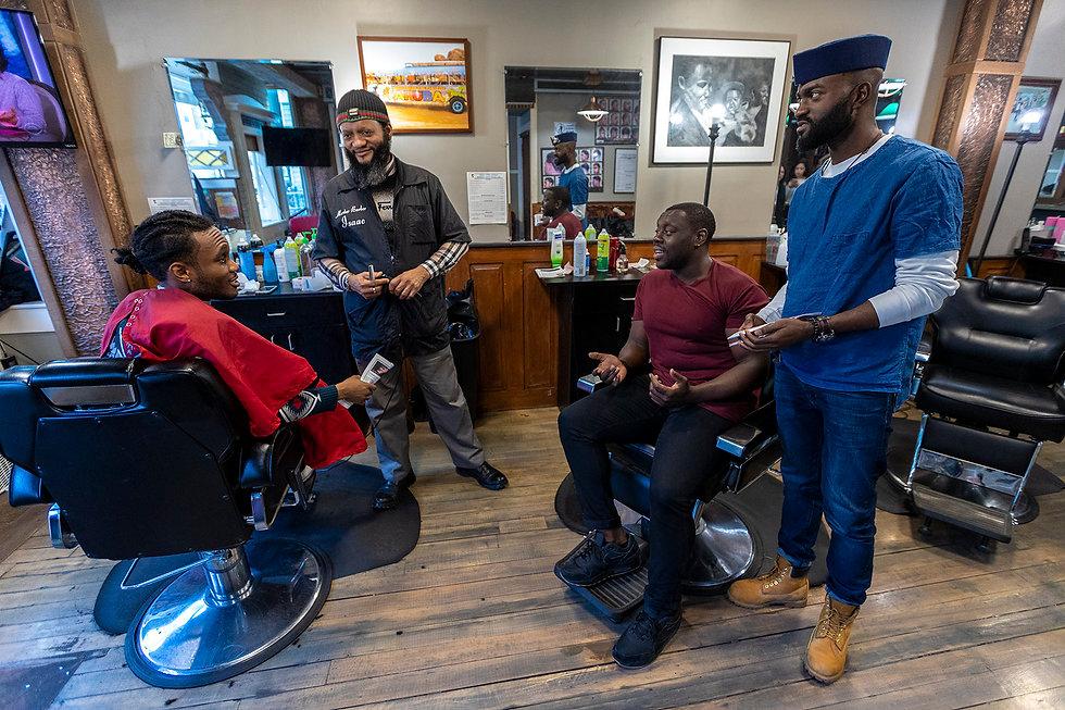 1207_barber-shop-africa01.jpg