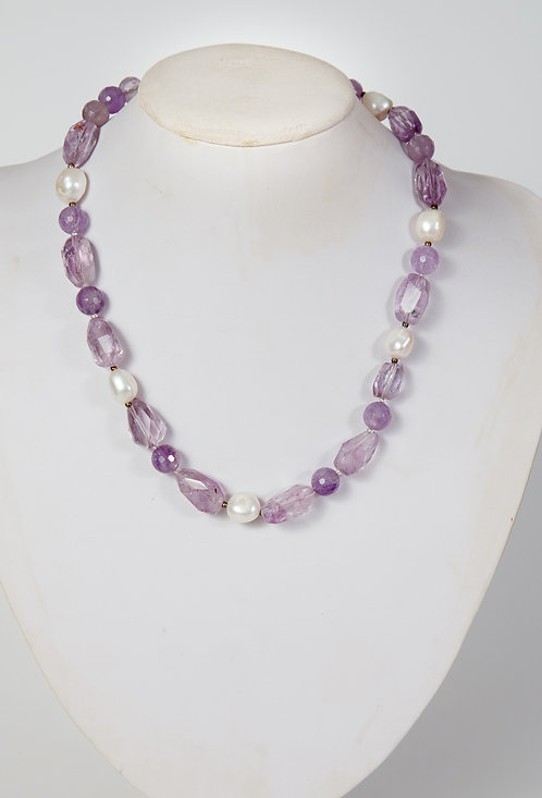 802 - facetted amethyst stones with pearls