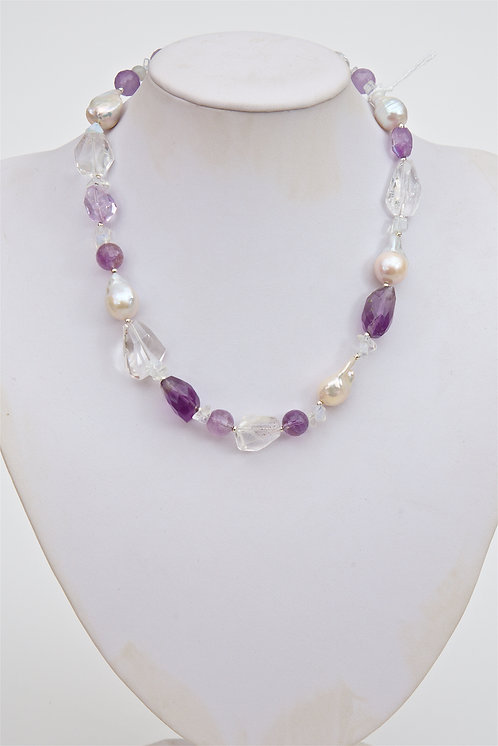 742 - Large Baroque pearls, amethyst and crystals