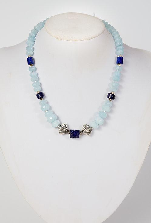 839 - Facetted aquamarine, lapis and silver