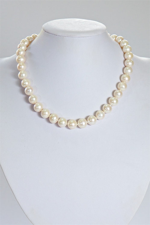 625 10mm cream pearls