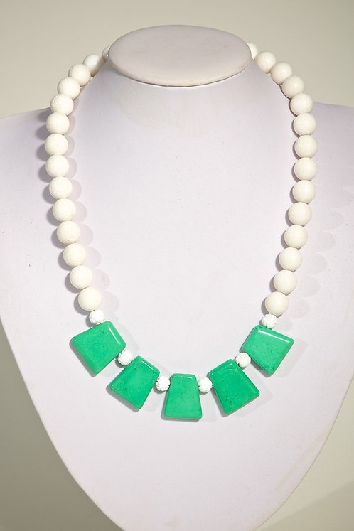 White coral with green  462
