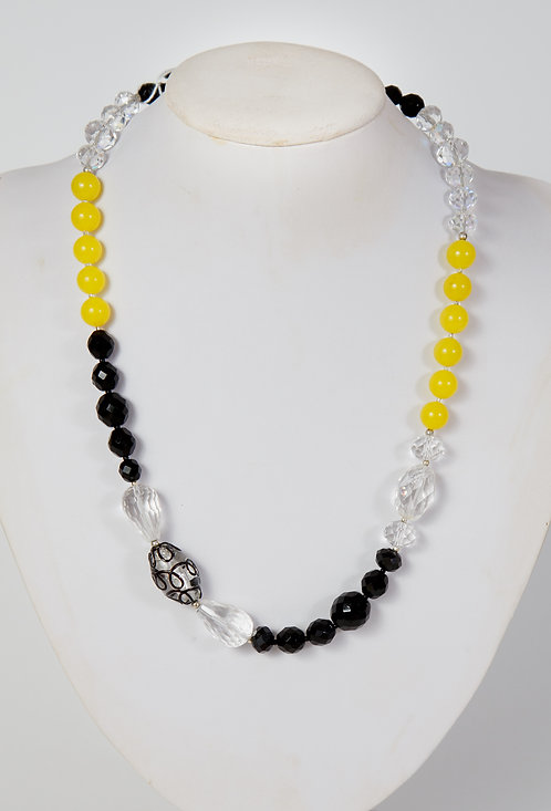 849 - Long clear and black crystals with yellow jade