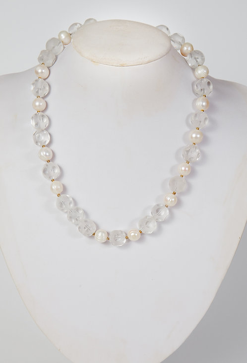 824 - Snow crystals and pearls ( longer)