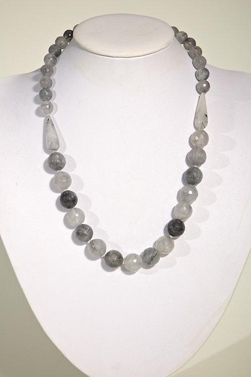 Grey quartz  372