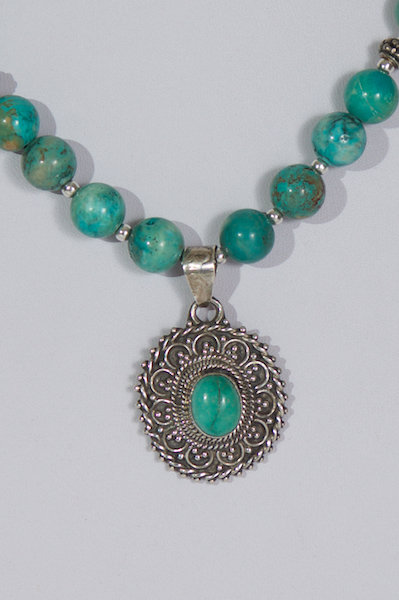 697 Turquoise with turquoise pendant