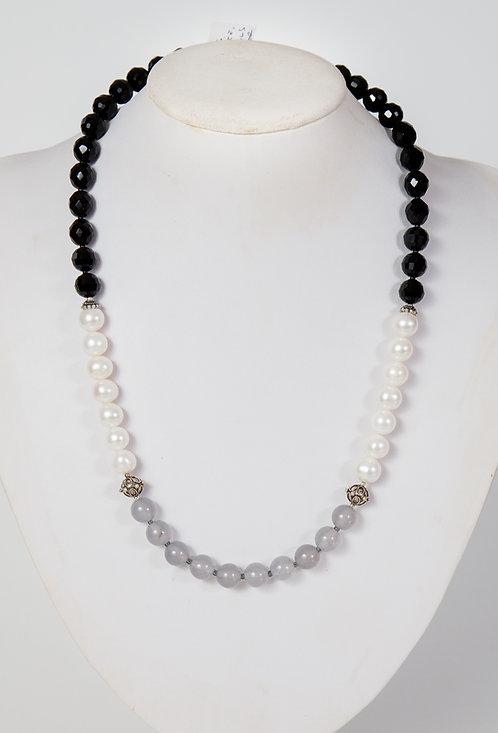 857 - Pearls, grey agate, black crystals, silver
