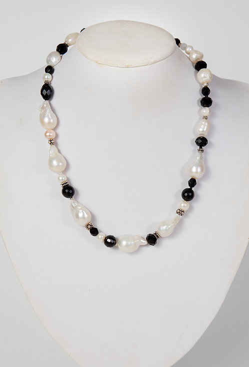 872 - Large Baroque pearls, black crystals and silver pieces