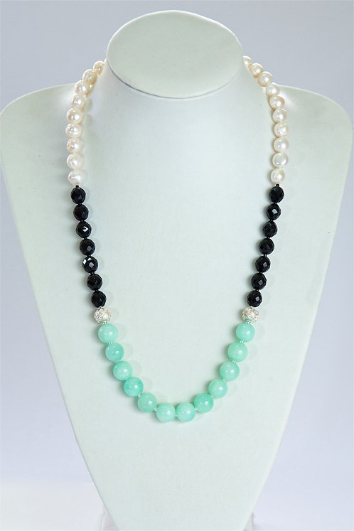 632 Pearls,onyx,jade,silver