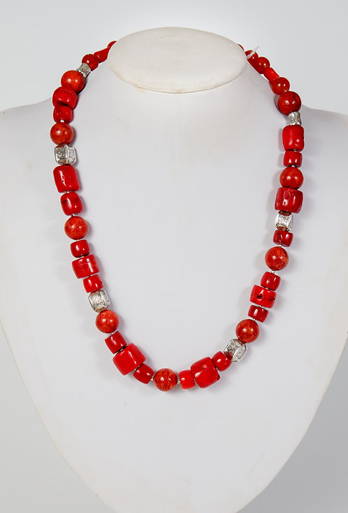 860 - Red coral with Thai silver