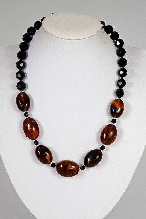 585 - Amber,black agate