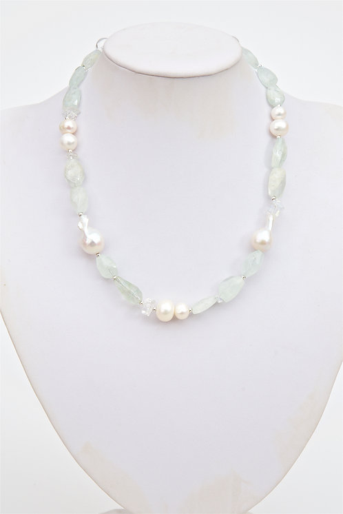 741 - Large Baroque pearls with aquamarine and crystals