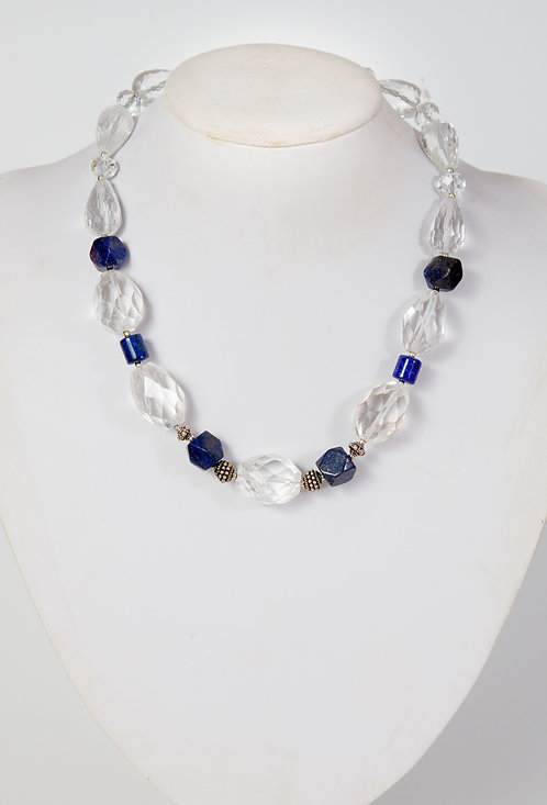 837 - Large facetted crystals with lapis and silver ( oval Centre)