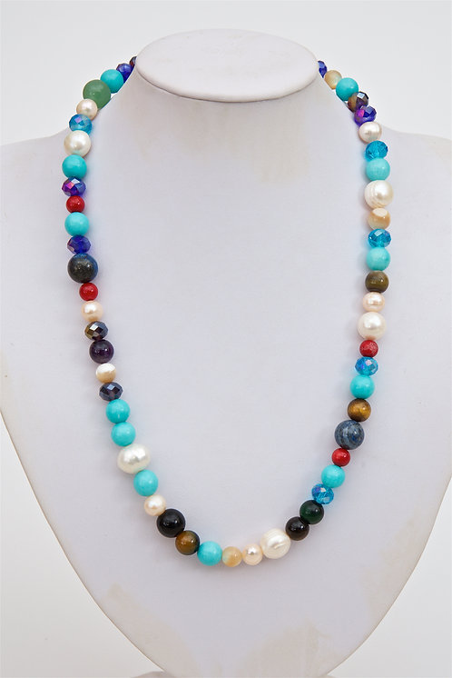749 - Mixed stones with pearls