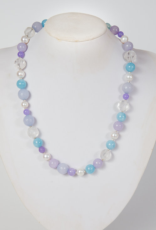 827 - Blue agate, jade, snow crystals and pearls