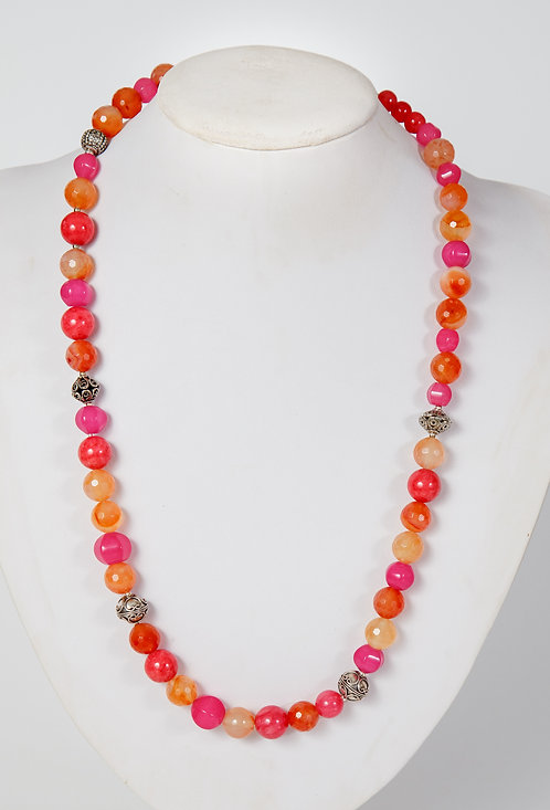 775  Dyed jade and carnelian with silver