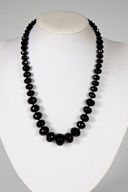 593 - Facetted Black onyx