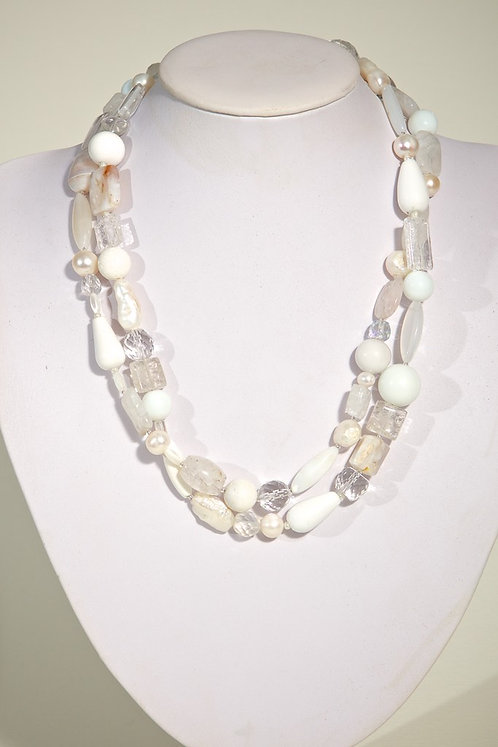 Crystals, pearls,agate  301