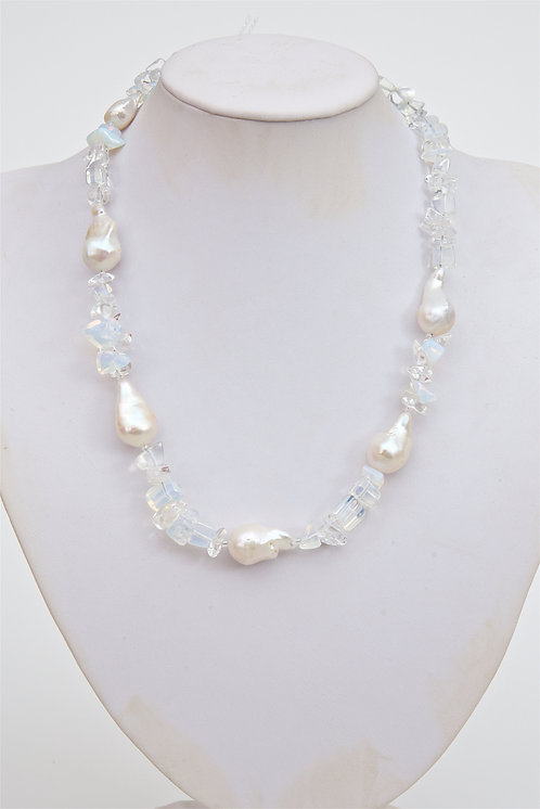 739 -  Large Baroque pearls with moonstone
