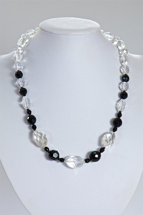 669  Black and clear crystals