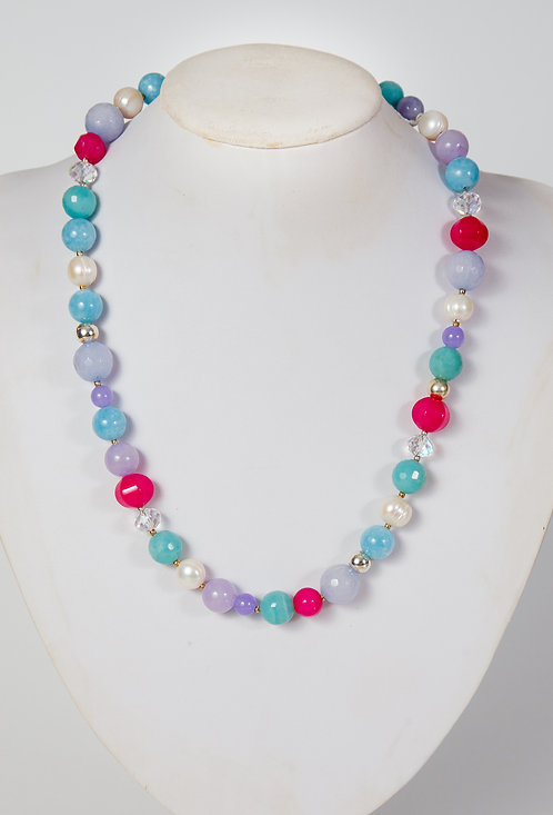 830 - Blue, green agate, crystals, pearls and pink beads